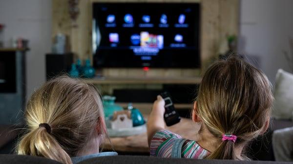 smart-tv-watching-ctv-ott